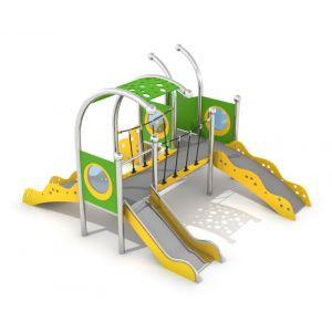RVS speelcombinatie met een loopbrug en een glijbaan
